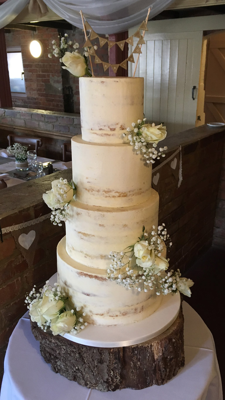 Roses and Babies Breath   Wedding Cakes